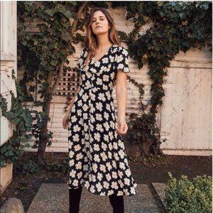 Christy Dawn Daisy Dress in English Daisy size L NWT